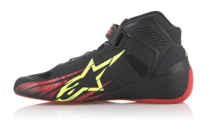 2713018_136_TECH-1KZ-shoe_BlackRedYellowfluo_ROT1